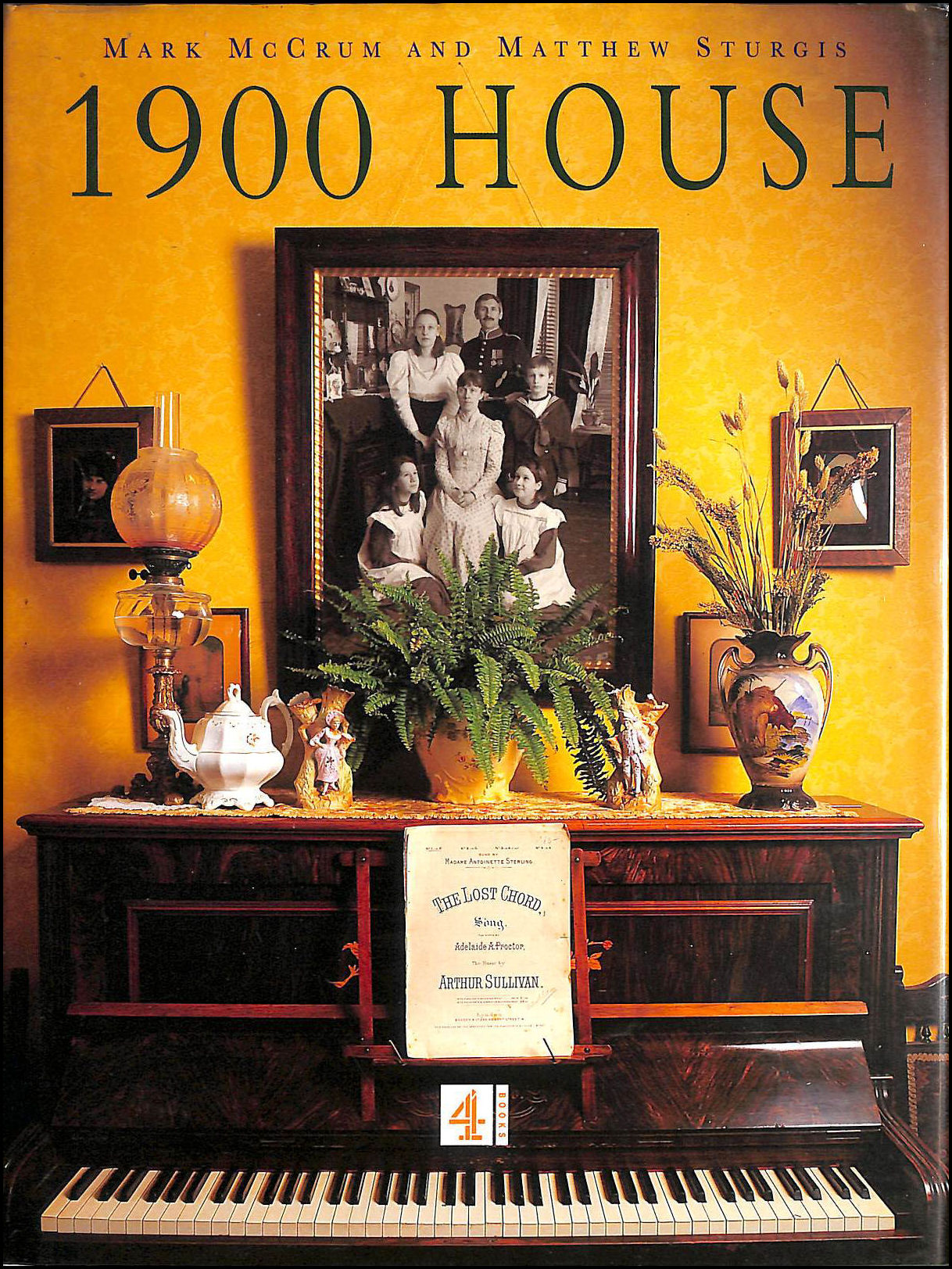 Image for 1900 House: Featuring Extracts from the Personal Diaries of Joyce and Paul Bowler and Their Family