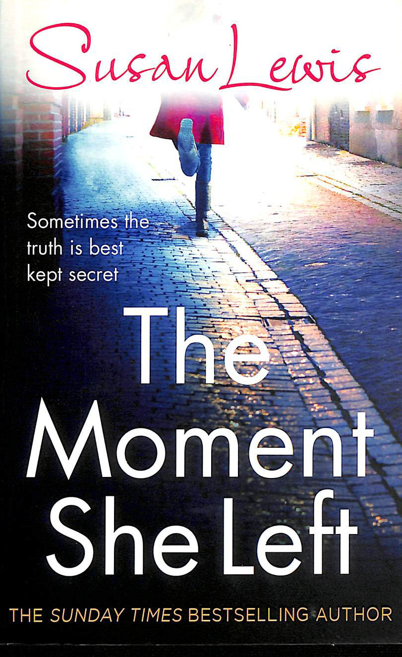 Image for The Moment She Left (The Detective Andee Lawrence Series)