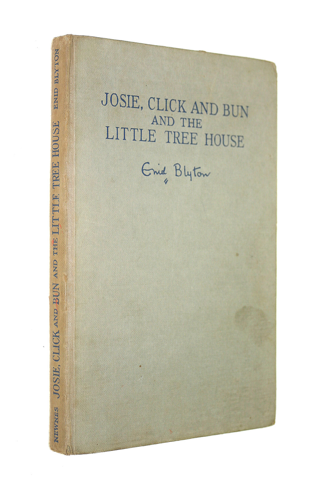 Image for Josie, Click and Bun and the little tree house